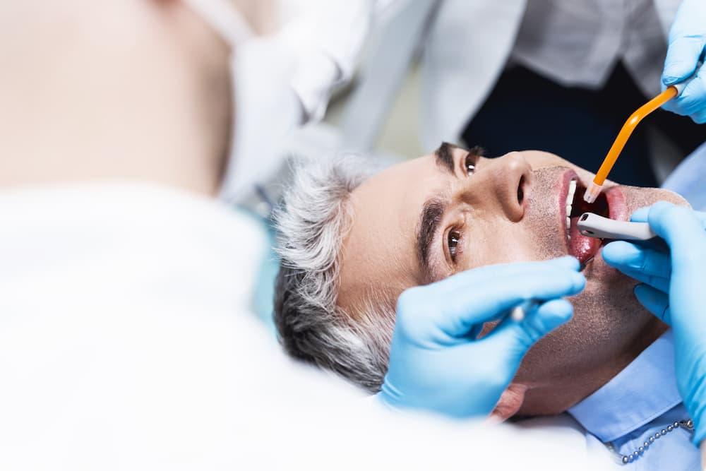 牙齒神經沒抽乾淨會怎樣?讓專業醫師來說明